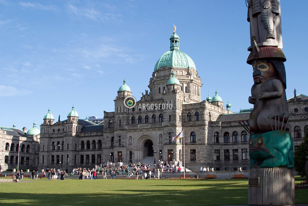 Victoria, BC, Canada  01/Junho/2005.Edificio do Parlamento de Victoria, capital do estado de British Columbia./ Building of the Parliament of Victoria, in British Columbia..Foto Marcos Issa/Argosfoto