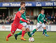 Jeppe Kjær (FC Helsingør) slider sig fri af Andreas Horsebøg (Avarta) under kampen i 2. Division mellem Boldklubben Avarta og FC Helsingør den 10. november 2019 i Espelunden (Foto: Claus Birch).