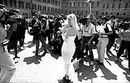 Roma Piazza Montecitorio  1987.Ilona  Staller Candidata per il  Partito Radicale alla Camera dei Deputati .