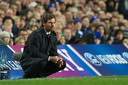 06.12.2011, Stamford Bridge, London, ENG, UEFA CL, Gruppe E, FC Chelsea (GBR) vs FC Valencia (ESP), im Bild Chelsea's manager Andre Villas-Boas against Valencia CF during the football match of UEFA Champions league, group E, between FC Chelsea (GBR) and FC Valencia (ESP), at Stamford Bridge Stadium, London, United Kingdom on 06/12/2011. EXPA Pictures © 2011, PhotoCredit: EXPA/ Sportida/ David Rawcliff..***** ATTENTION - OUT OF ENG, GBR, UK *****