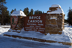 National Park Service welcome sign at the entrance to Bryce Canyon National Park, Utah, United States of America