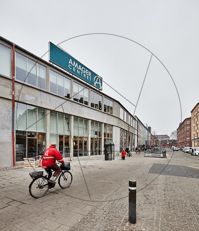 Amagercenteret, under renovering, bygherre: Danica Pension , ny facade, facaderenovering
