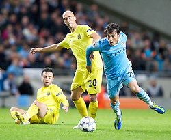 18.10.2011, City of Manchester Stadion, Manchester, ENG, UEFA CL, Gruppe A, Manchester City (ENG) vs FC Villarreal (ESP), im Bild Manchester City's David Silva in action against Villarreal CF's Borja Valero // during UEFA Champions League group A match between Manchester City (ENG) and FC Villarreal (ESP) at City of Manchester Stadium, Manchaster, United Kingdom on 18/10/2011. EXPA Pictures © 2011, PhotoCredit: EXPA/ Propaganda Photo/ Vegard Grott +++++ ATTENTION - OUT OF ENGLAND/GBR+++++