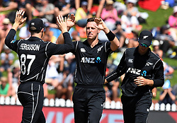 New Zealand's Matt Henry, centre, celebrates the wicket of Pakistan's Fakhar Zaman for 12 in the fifth one day International Cricket match, Basin Reserve, Wellington, New Zealand, Friday, January 19, 2018