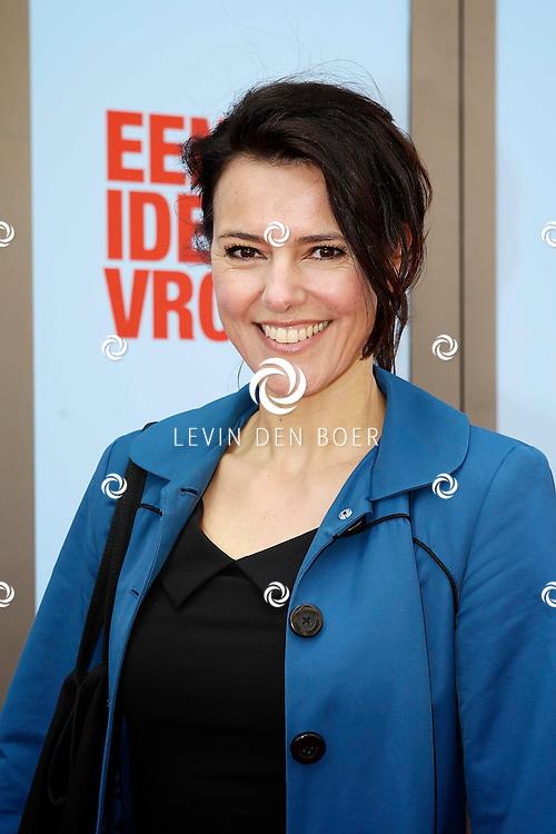 AMSTERDAM - In het DeLaMar Theater is de premiere van een Nederlands toneelstuk 'Een Ideale Vrouw' een komedie over liefde. Met op de foto  Susan Visser. FOTO LEVIN DEN BOER - PERSFOTO.NU