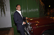 A.A. Gill. Trip to the Walthamstow dog Race track. A.A. Gill, Tim Jeffreys, Nicola  Fornby, Michael Gambon and a Rolls royce.  30 september 2001 © Copyright Photograph by Dafydd Jones 66 Stockwell Park Rd. London SW9 0DA Tel 020 7733 0108 www.dafjones.com