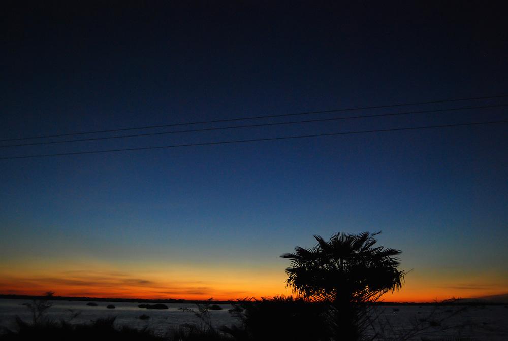 CALABOZO<br /> Estado Guarico - Venezuela 2008<br /> (Copyright &copy; Aaron Sosa)<br /> <br /> Calabozo, oficialmente Villa de Todos los Santos de Calabozo, es una ciudad de Venezuela situada en el estado Gu&aacute;rico, capital del municipio Sebasti&aacute;n Francisco de Miranda y antigua capital del estado. Tiene una poblaci&oacute;n de 325.477 habitantes. Se ubica en el centro-oeste del estado Gu&aacute;rico, es el primer productor de arroz del pa&iacute;s, con un 60%. Cuenta con el sistema de riego m&aacute;s grande de Venezuela. Tiene una importante potencialidad por desarrollar, pues es la primera en consumo de bienes y servicios del estado.<br /> Calabozo est&aacute; situada a 101 msnm, en las m&aacute;rgenes del R&iacute;o Gu&aacute;rico, en el alto llano central. En el mapa es f&aacute;cil de encontrar junto a la Represa Generoso Campilongo, una importante obra tanto de su tiempo como en la actualidad.<br /> <br /> Calabozo is situated in the midst of an extensive llano on the left bank of the Gu&aacute;rico River, on low ground, 325 feet above sea-level and 123 miles S.S.W. of Caracas. The plain lies slightly above the level of intersecting rivers and is frequently flooded in the rainy season; in summer the heat is most oppressive, the average temperature being 69 Fahrenheit.<br /> In its vicinity are thermal springs. The principal occupation of its inhabitants is cattle-raising. The town is well built, regularly laid out with streets crossing at right angles, and possesses several fine old churches, a college and public school. It is a place of considerable commercial importance because of its situation in the midst of a rich cattle-raising country.