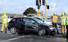 Auckland-Fire appliance and car collide, Sandringham