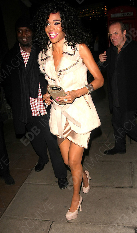 30.NOVEMBER.2011. LONDON<br /> <br /> MICHELLE WILLIAMS AT THE WESTBURY GALLERY - WESTBURY HOTEL IN MAYFAIR, LONDON<br /> <br /> BYLINE: EDBIMAGEARCHIVE.COM<br /> <br /> *THIS IMAGE IS STRICTLY FOR UK NEWSPAPERS AND MAGAZINES ONLY*<br /> *FOR WORLD WIDE SALES AND WEB USE PLEASE CONTACT EDBIMAGEARCHIVE - 0208 954 5968*