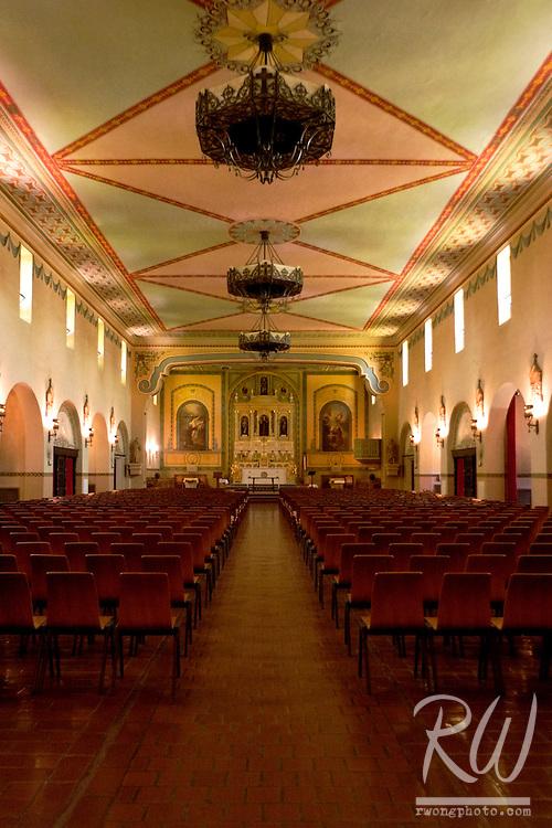 Altar, Mission Santa Clara de Asis, California