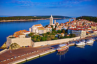 Croatie, baie de Kvarner, Ile et ville de Rab, vieux port // Croatia, Kvarner bay, island and city of Rab, old harbour