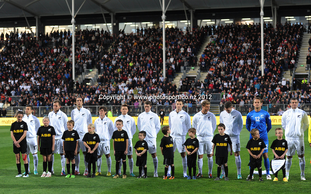 New Zealand team lineup. New Zealand All Whites v Tahiti. FIFA World Cup Qualifier Football match at AMI Stadium. Christchurch, New Zealand. Tuesday 16 October 2012. Photo: Andrew Cornaga/photosport.co.nz