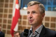 Festtale v/ Job- og Ydelseschef, Jesper Dahlgaard. Legatuddeling. Foto: © Michael Bo Rasmussen / Baghuset. Dato: 07.05.19