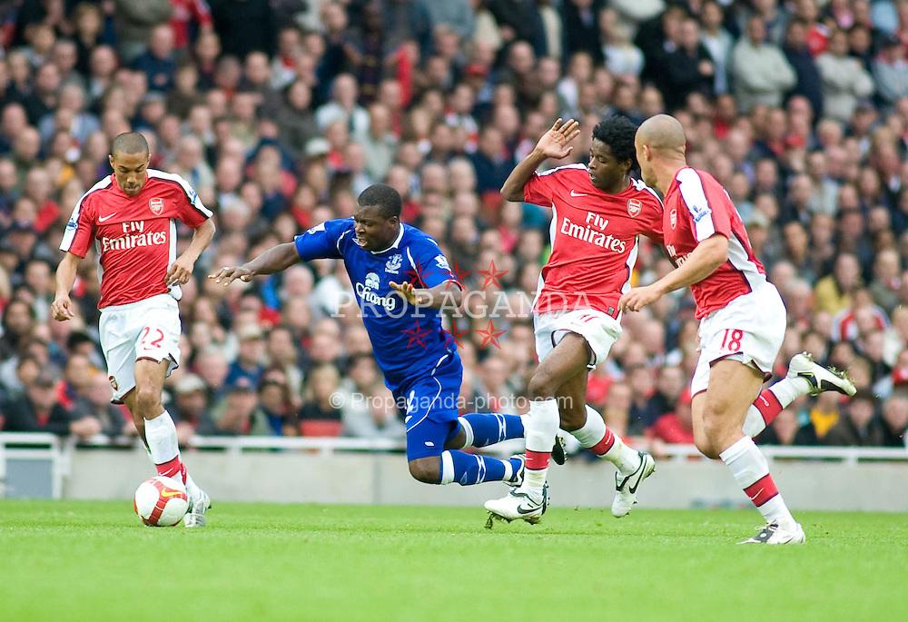 LONDON, ENGLAND - Saturday, October 18, 2008: Everton's Yakubu is tripped by Arsenal's Gavin Hoyte during the Premiership match at the Emirates Stadium. (Photo by Gareth Davies/Propaganda)