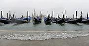 © Filippo Alfero<br /> Acqua alta a Venezia<br /> Venezia, 05/02/2015<br /> cronaca<br /> Nella foto: alcune gondole, sullo sfondo la Basilica di San Giorgio