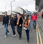 On the way to the match - Dundee United v Hearts, Clydesdale Bank Scottish Premier League at Tannadice Park..© David Young Photo.5 Foundry Place.Monifieth.Angus.DD5 4BB.Tel: 07765252616.email: davidyoungphoto@gmail.com.http://www.davidyoungphoto.co.uk