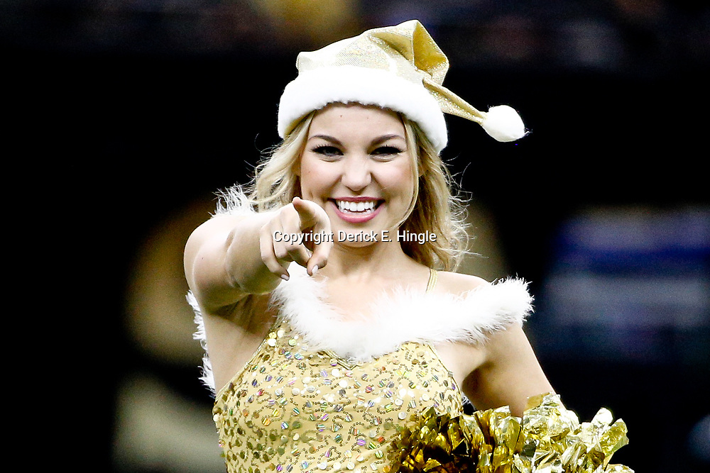 Dec 24, 2016; New Orleans, LA, USA; New Orleans Saints Saintsations perform during the second half of a game against the Tampa Bay Buccaneers at the Mercedes-Benz Superdome. Mandatory Credit: Derick E. Hingle-USA TODAY Sports