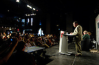 """22 AUG 2005, BERLIN/GERMANY:<br /> Guenter Grass, Autor, haelt eine Rede, waehrend einer Diskussion zum Thema """"7 Jahre rot-gruene Kulturpolitik"""", Palais der Kulturbrauerei<br /> IMAGE: 20050822-03-046<br /> KEYWORDS: Günter Grass, speech, Übersicht, Uebersicht"""