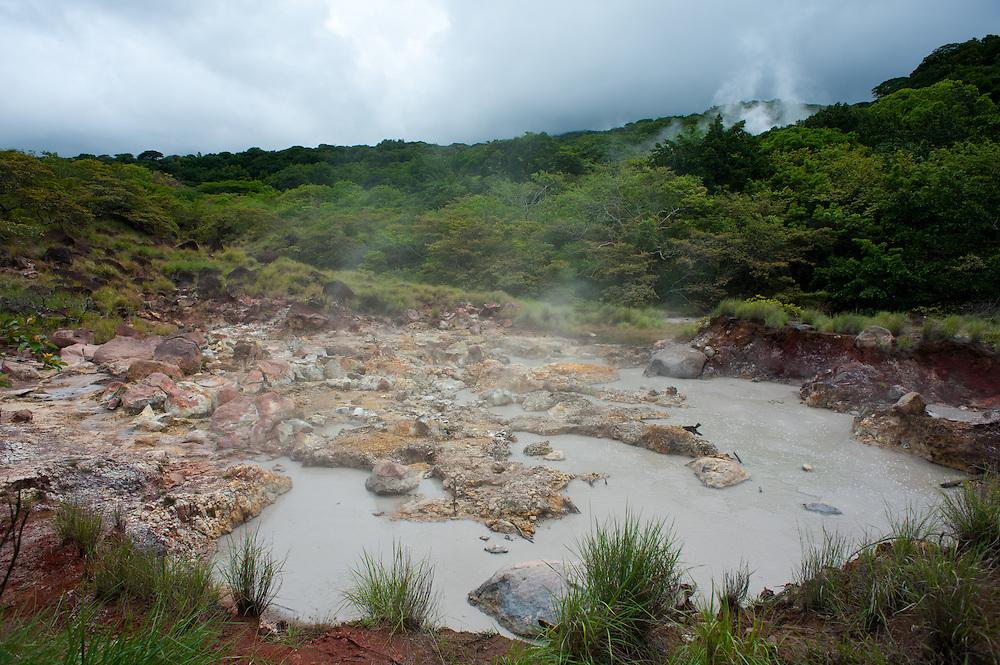 A geyser at Rincón de la Vieja