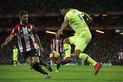 February 10, 2019 - Bilbao, Vizcaya, Spain - Luis Suarez of Barcelona controls the ball during the week 23 of La Liga between Athletic Club and FC Barcelona at San Mames stadium on February 10 2019 in Bilbao, Spain. (Credit Image: © Jose Breton/NurPhoto via ZUMA Press)