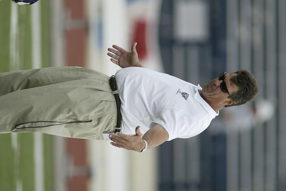 2003 FLORIDA INTERNATIONAL UNIVERSITY Football