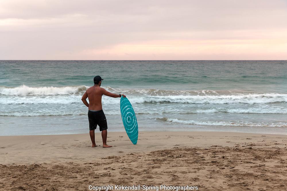 HI00399-00...HAWAI'I - Kaleo Carpio skim boarding at Hapuna Beach State Recreation Area on the island of Hawai'i. (MR# C14)