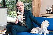 HIHGH TEA voor fans CARRY SLEE ter ere van haar nieuwe boek