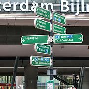 NLD/Amsterdam/20180628 - Rondvaart Amsterdam, bewegwijzering bij metro Bijlmer