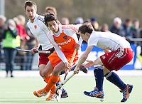 AERDENHOUT - 07-04-2012 -  Hidde Pfijffer, zaterdag tijdens de wedstrijd tussen Nederland Jongens A en Engeland Jongens A (3-4), tijdens het Volvo 4-Nations Tournament op de velden van Rood-Wit in Aerdenhout.