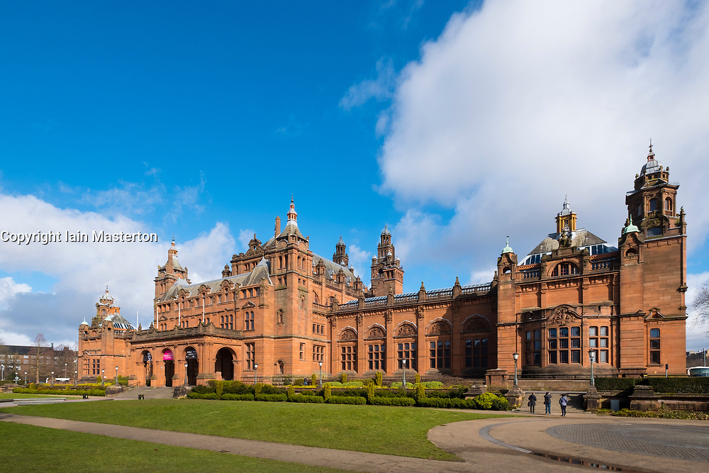External view of Kelvingrove  Art Gallery and Museum in Kelvingrove Park, Glasgow, Scotland, united Kingdom