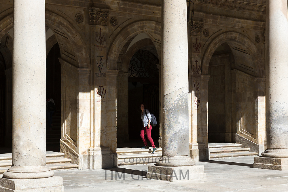 Student at University of Salamanca, Faculty of Philology - Languages in Plaza de Anaya, Spain