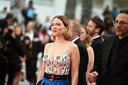 May 22, 2019 - Cannes, France - 72eme Festival International du Film de Cannes. Montée des marches du film ''Roubaix, une lumiere (Oh Mercy!)''. 72th International Cannes Film Festival. Red Carpet for ''Roubaix, une lumiere (Oh Merci!)'' movie.....239728 2019-05-22  Cannes France.. Zem, Roschdy; Seydoux, Léa (Credit Image: © L.Urman/Starface via ZUMA Press)