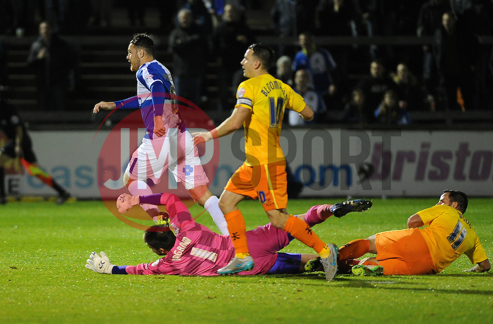 Tom Parkes of Bristol Rovers goes close to scoring - Mandatory byline: Neil Brookman/JMP - 07966 386802 - 06/10/2015 - FOOTBALL - Memorial Stadium - Bristol, England - Bristol Rovers v Wycombe Wanderers - JPT Trophy