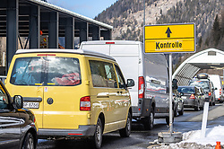 11.03.2020, Brenner, AUT, Coronavirus in Österreich, im Grenzbereich zu Italien lösen ab Mittwoch lückenlose Grenzkontrollen die Gesundheitschecks an der Grenze ab, im Bild Anfahrt zur Einreisekontrolle // Directions to the entry control during In the border area with Italy, seamless border controls will replace the health checks at the border starting on Wednesday. Brenner, Austria on 2020/03/11. EXPA Pictures © 2020, PhotoCredit: EXPA/ Johann Groder