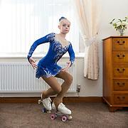 180901_EVA_ARTISTIC ROLLER SKATER