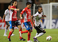 20120307: SAO PAULO, BRAZIL - Player Liedson and Raul during Corinthians (Brasil) vs Nacional (Paraguai) for Copa Libertadores held at Pacaembu stadium in SP<br />