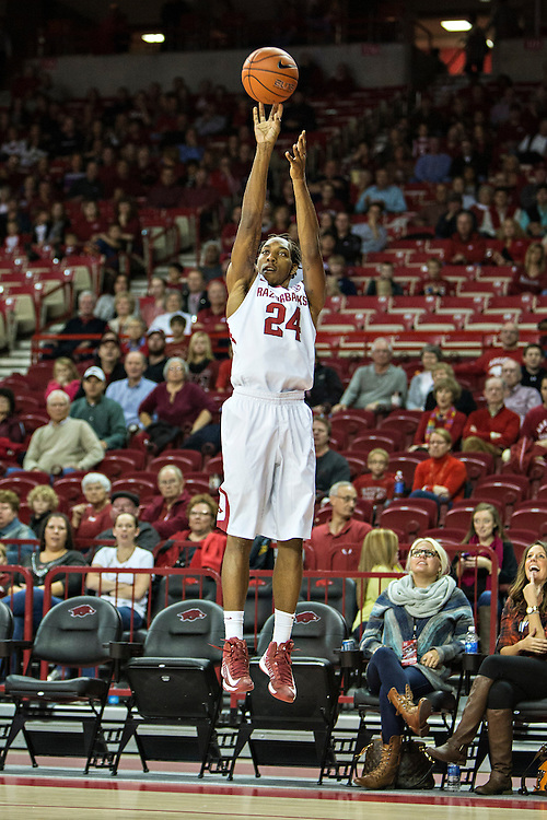 FAYETTEVILLE, AR - NOVEMBER 15:  Michael Qualls #24 of the Arkansas Razorbacks shoots a jump shot against the Louisiana Ragin' Cajuns at Bud Walton Arena on November 15, 2013 in Fayetteville, Arkansas.  The Razorbacks defeated the Ragin' Cajuns 76-63.  (Photo by Wesley Hitt/Getty Images) *** Local Caption *** Michael Qualls
