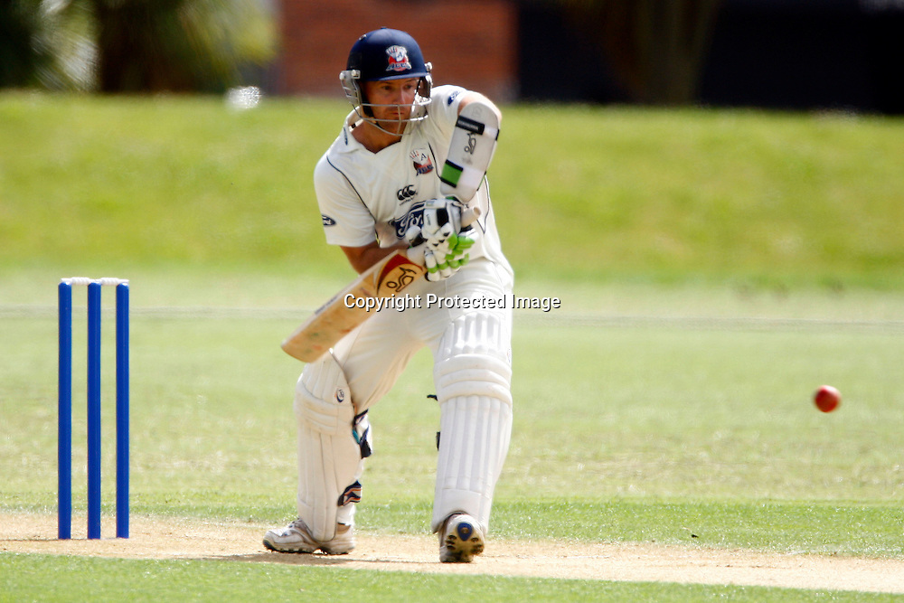 Gareth Hopkins in action, Plunket Shield cricket, Auckland Aces v Otago Volts. Colin Maiden Park, Auckland. 14 December 2009. Photo: William Booth/PHOTOSPORT