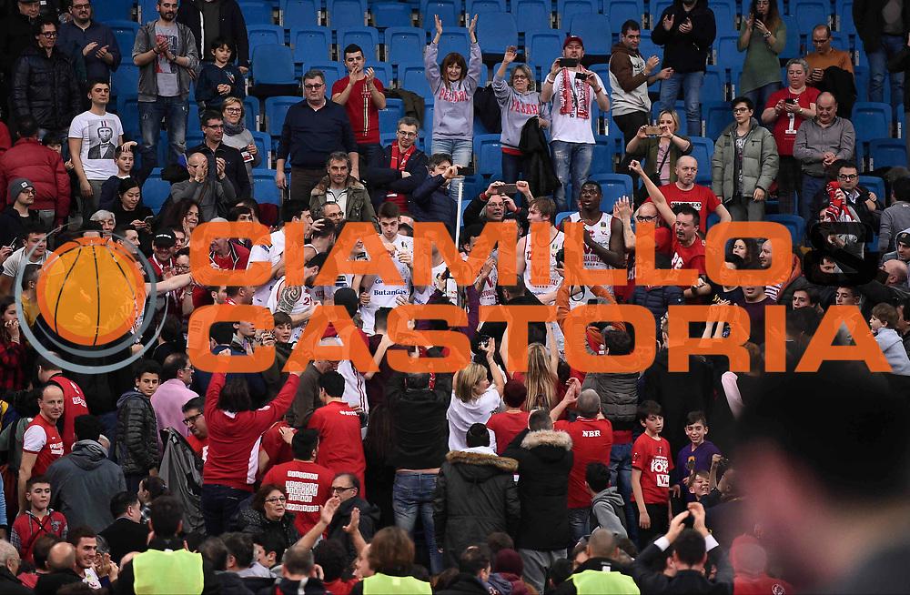 Esultanza Victoria Libertas Pesaro<br /> Victoria Libertas Pesaro - Betaland Capo d'Orlando<br /> Lega Basket Serie A 2017/2018<br /> Reggio Emilia, 11/03/2018<br /> Foto A.Giberti / Ciamillo - Castoria