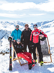02.04.2018, Skizentrum Hochzillertal, Kaltenbach, AUT, JumpandReach Skitag, im Bild Patrick Murnig, Michael Hayboeck, Maximilian Schultz, Stefan Kraft // during the Skiing Day after the Winterseason with the Austrian JumpandReach Athletes at the Skiresort Hochzillertal, Austria on 2018/04/02. EXPA Pictures © 2018, PhotoCredit: EXPA/ JFK