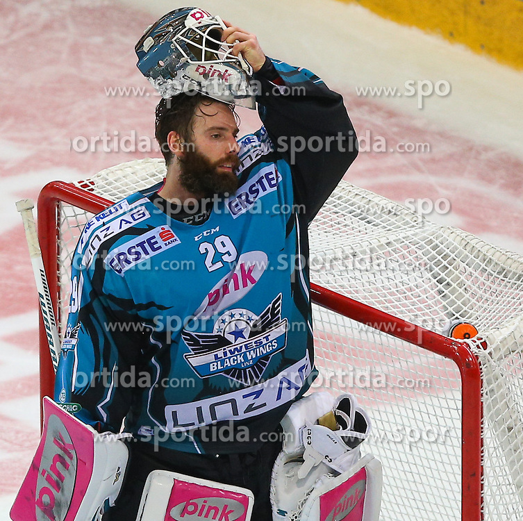 14.02.2017, Albert Schultz Halle, Wien, AUT, EBEL, UPC Vienna Capitals vs EHC Liwest Black Wings Linz, Platzierungsrunde, im Bild Michael Ouzas (EHC Liwest Black Wings Linz) // during the Erste Bank Icehockey League placement round match between UPC Vienna Capitals and EHC Liwest Black Wings Linz at the Albert Schultz Ice Arena, Vienna, Austria on 2017/02/14. EXPA Pictures © 2017, PhotoCredit: EXPA/ Thomas Haumer