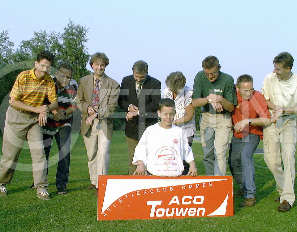 Fotografie Uijlenbroek©1999/Frank Uijlenbroek.990601 ommen ned.organisatie marathon