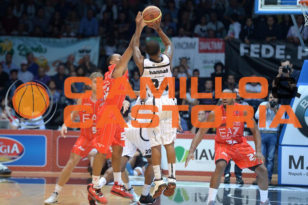 DESCRIZIONE : Caserta campionato serie A 2013/14 Pasta Reggia Caserta EA7 Olimpia Milano<br /> GIOCATORE : Stephon Hannah<br /> CATEGORIA : tiro three points<br /> SQUADRA : Pasta reggia Caserta<br /> EVENTO : Campionato serie A 2013/14<br /> GARA : Pasta Reggia Caserta EA7 Olimpia Milano<br /> DATA : 27/10/2013<br /> SPORT : Pallacanestro <br /> AUTORE : Agenzia Ciamillo-Castoria/GiulioCiamillo<br /> Galleria : Lega Basket A 2013-2014  <br /> Fotonotizia : Caserta campionato serie A 2013/14 Pasta Reggia Caserta EA7 Olimpia Milano<br /> Predefinita :