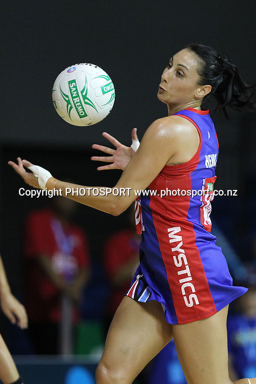 Mystics' Joline Henry in action. LG Northern Mystics v Southern Steel. ANZ Netball Championship. Trusts Stadium, Auckland, New Zealand. Monday 14th February 2011. Photo: Anthony Au-Yeung / photosport.co.nz