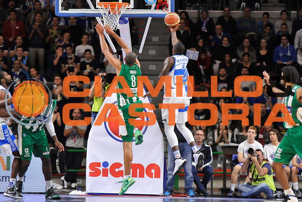 DESCRIZIONE : Campionato 2014/15 Dinamo Banco di Sardegna Sassari - Sidigas Scandone Avellino<br /> GIOCATORE : Rakim Sanders<br /> CATEGORIA : Tiro Penetrazione Sottomano Controcampo<br /> SQUADRA : Dinamo Banco di Sardegna Sassari<br /> EVENTO : LegaBasket Serie A Beko 2014/2015<br /> GARA : Dinamo Banco di Sardegna Sassari - Sidigas Scandone Avellino<br /> DATA : 24/11/2014<br /> SPORT : Pallacanestro <br /> AUTORE : Agenzia Ciamillo-Castoria / Claudio Atzori<br /> Galleria : LegaBasket Serie A Beko 2014/2015<br /> Fotonotizia : Campionato 2014/15 Dinamo Banco di Sardegna Sassari - Sidigas Scandone Avellino<br /> Predefinita :