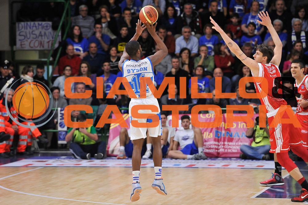 DESCRIZIONE : Campionato 2014/15 Dinamo Banco di Sardegna Sassari - Grissin Bon Reggio Emilia<br /> GIOCATORE : Jerome Dyson<br /> CATEGORIA : Tiro Tre Punti Controcampo<br /> SQUADRA : Dinamo Banco di Sardegna Sassari<br /> EVENTO : LegaBasket Serie A Beko 2014/2015<br /> GARA : Dinamo Banco di Sardegna Sassari - Grissin Bon Reggio Emilia<br /> DATA : 22/12/2014<br /> SPORT : Pallacanestro <br /> AUTORE : Agenzia Ciamillo-Castoria / Luigi Canu<br /> Galleria : LegaBasket Serie A Beko 2014/2015<br /> Fotonotizia : Campionato 2014/15 Dinamo Banco di Sardegna Sassari - Grissin Bon Reggio Emilia<br /> Predefinita :