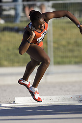 12 July 2007 (Windsor--Canada) -- The 2007 Canadian National Track and Field Championships... Alecia Beckford-Stewart competing in the heptathlon shot put.