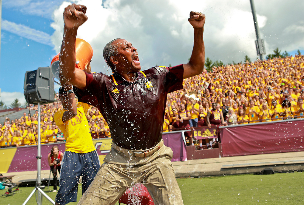 ALS Ice challenge at Traditions. President George Ross, CMU men's basketball coach Keno Davis , and student body president Charles Mahone took the challenge. Photo by Steve Jessmore/Central Michigan University