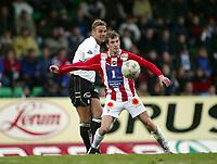 Fotball, 26. april 2003, Tippeligaen, Sogndal-Tromsø 3-1. Miika Koppinen, Tromsø, og Håvard Flo, Sogndal