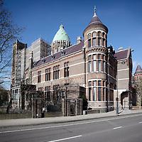 Nederland, Haarlem , 16 februari 2011..De Kathedrale Basiliek Sint Bavo wordt gerestaureerd..De basiliek heeft een verwarmingsprobleem..Er komt een prijsvraag t.b.v. het verwarmingsprobleem..Foto:Jean-Pierre Jans